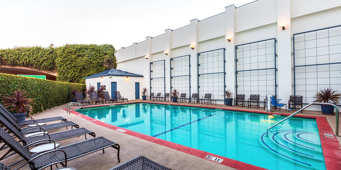 Wyndham Santa Monica Outdoor Pool